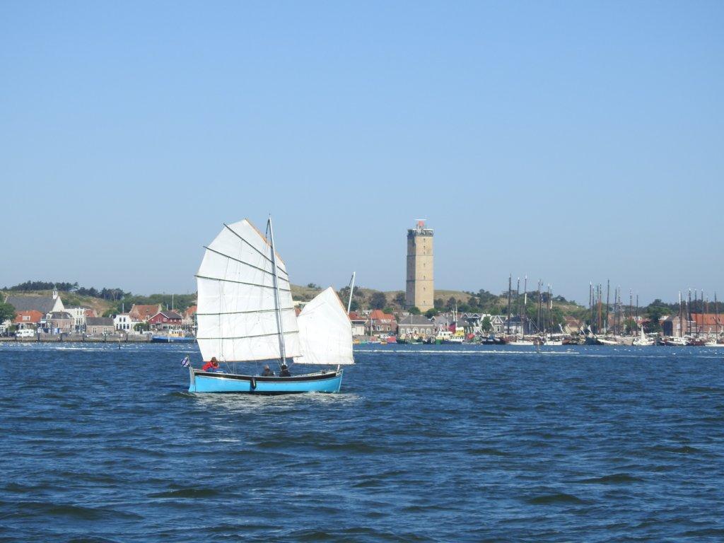 ZeeFier voor Terschelling net voor de start van de race